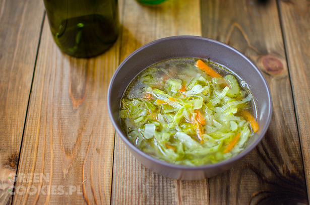 Zupa Z Mlodej Kapusty Pora I Selera Naciowego Green Cookies